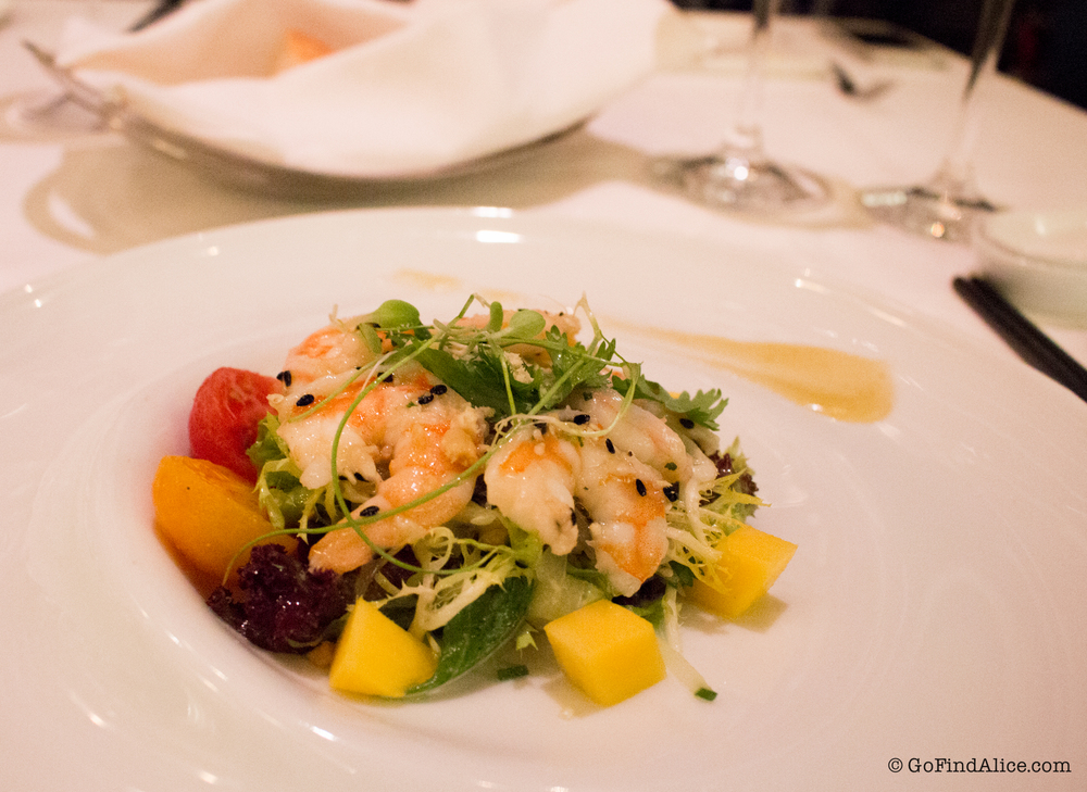 Fresh prawn mango salad with house-made plum dressing  [鲜虾芒果色拉配自制梅子酱]
