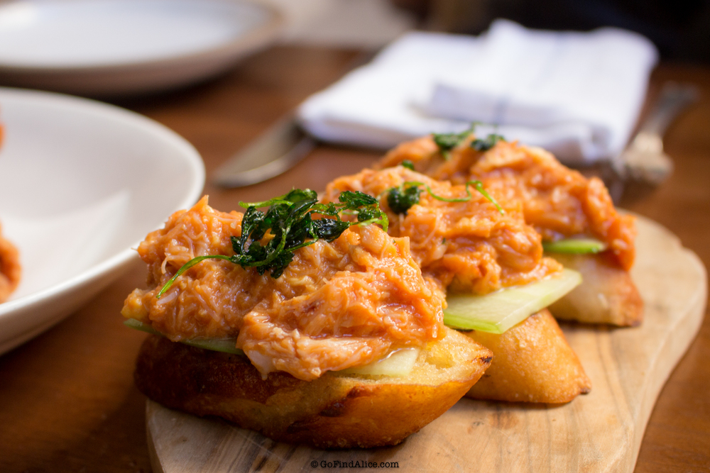 Chili crab toast