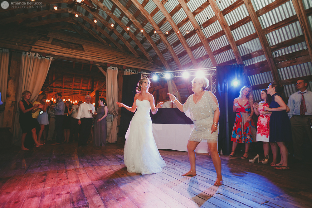 hayloft_on_the_arch_wedding_photography_78.jpg