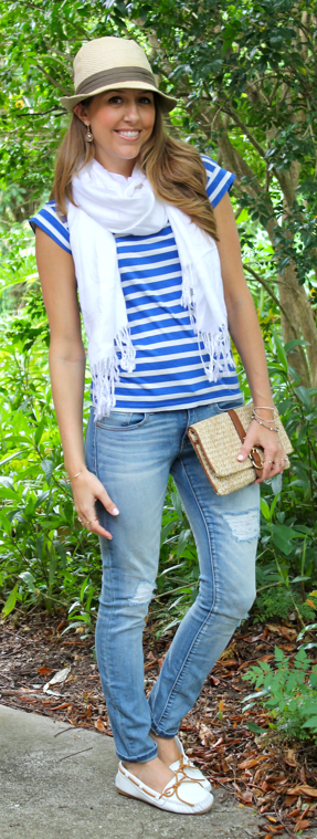 Striped t-shirt casual outfit
