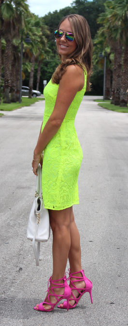 Neon yellow dress with pink lace-up shoes