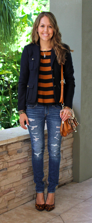 F21 pumpkin and navy top with distressed jeans
