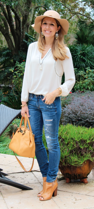 Wool floppy hat, J.Crew fringe top, distressed jeans