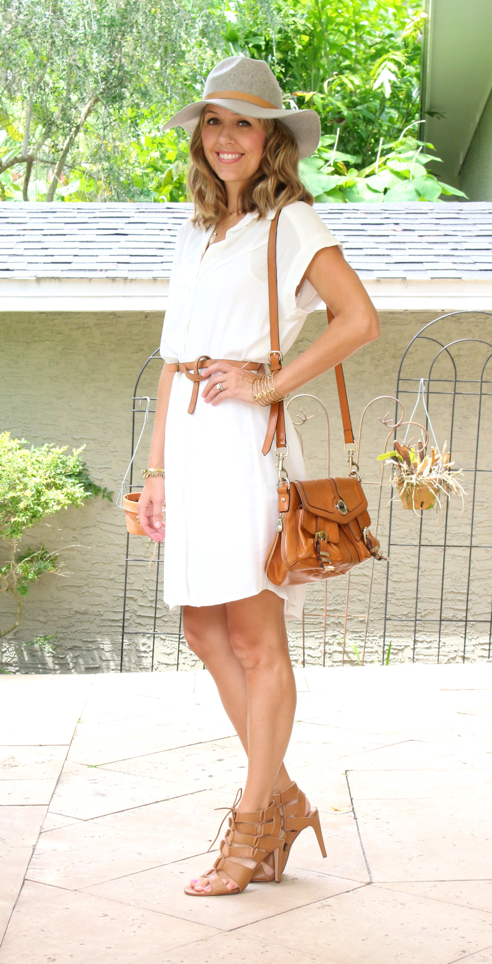 White shirt dress and gray wool hat
