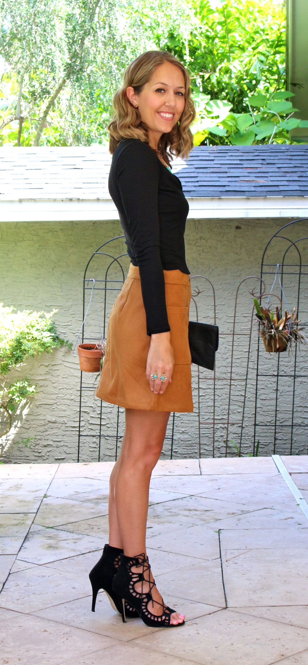 Suede skirt with lace up heels