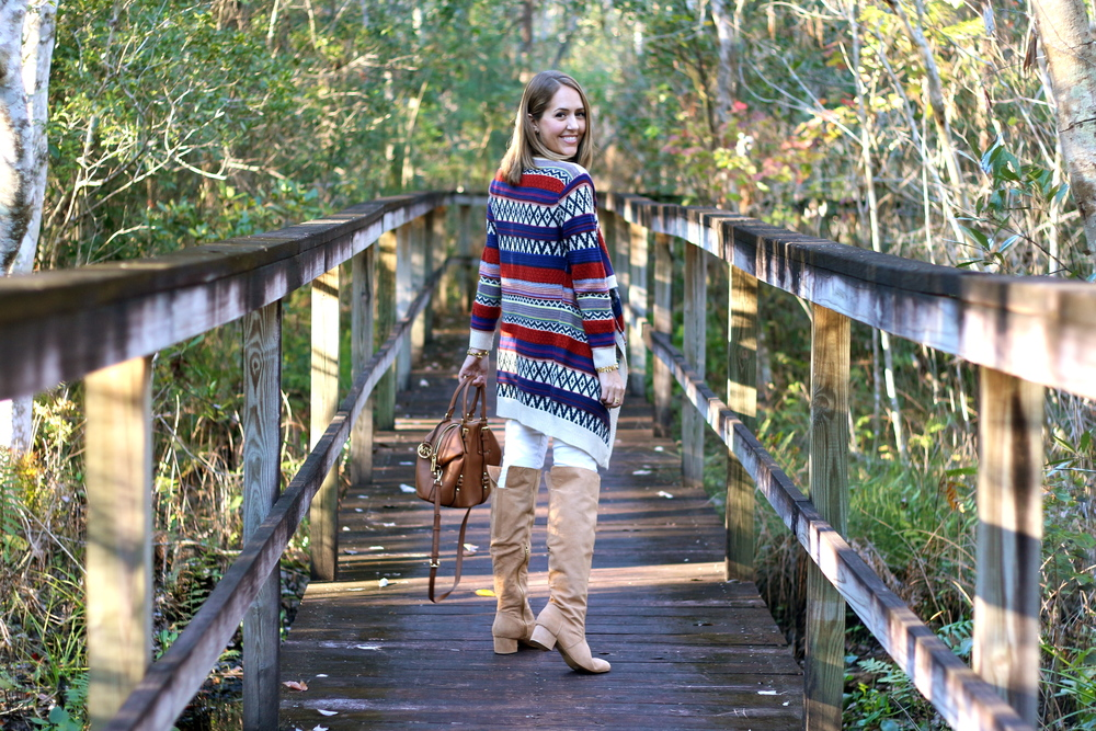 Printed cardigan, suede boots