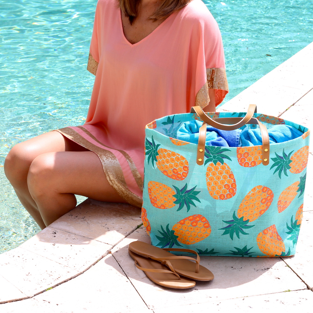 Mud Pie tunic and beach bag
