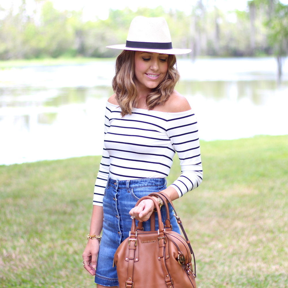 Off shoulder stripe top, Panama hat