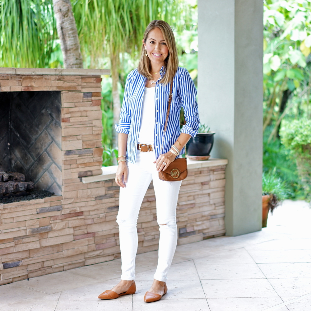 Open button front top, white jeans, cognac flats