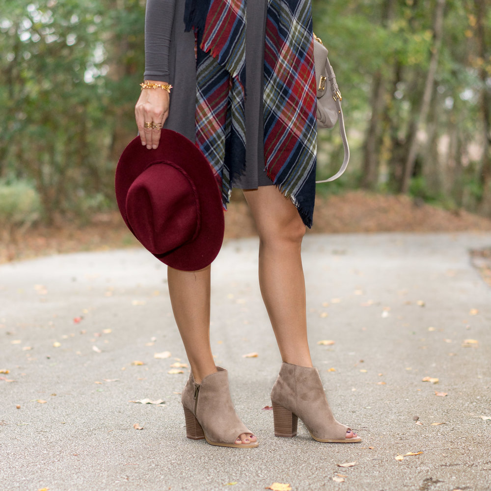 Plaid scarf and long sleeve dress