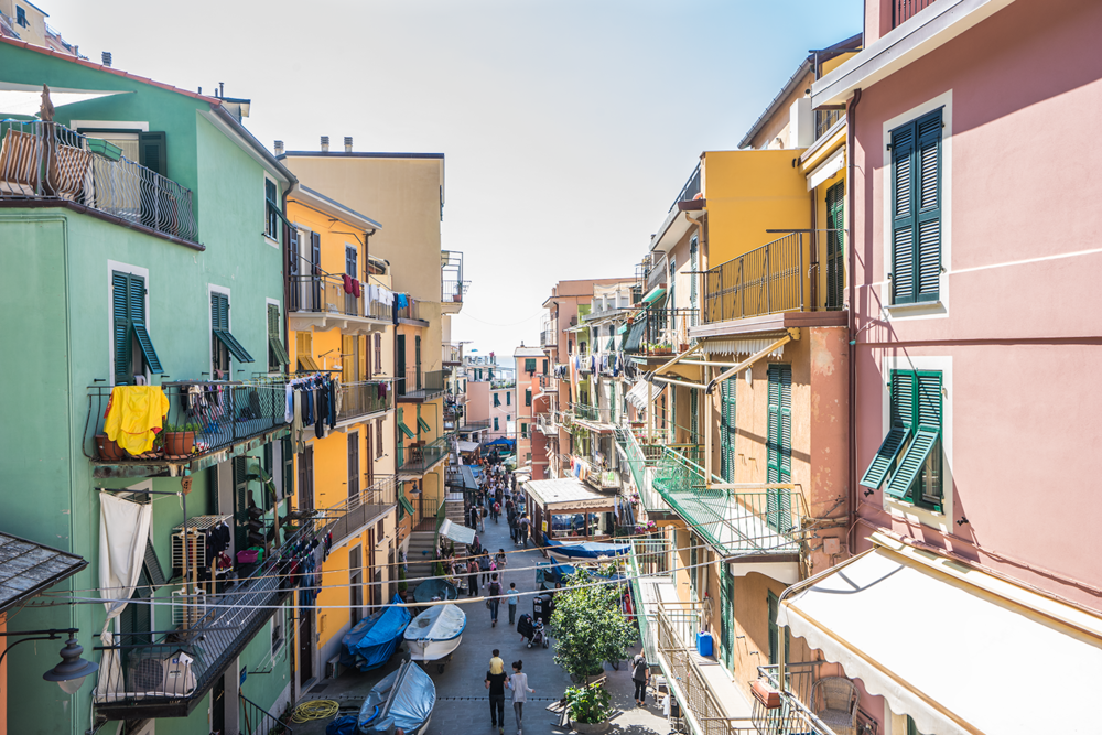 Cinque Terre travel tips guide