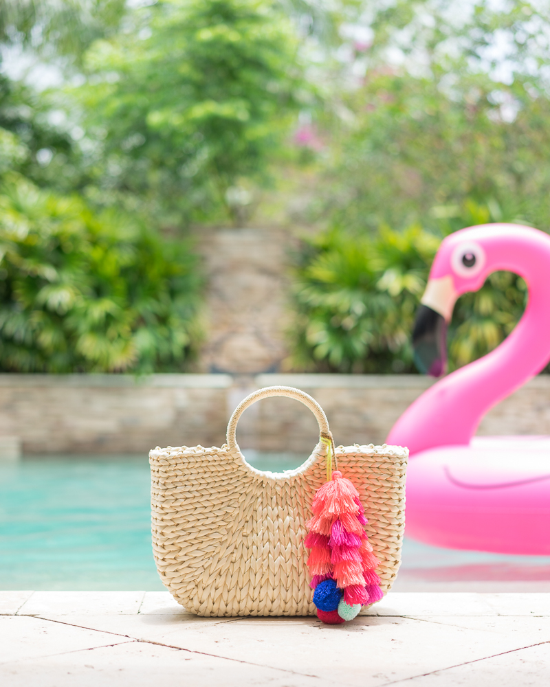 Straw tote with tassel charm, flamingo