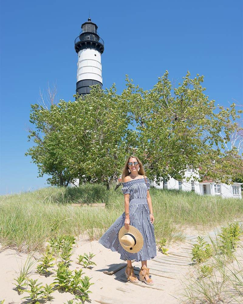 Big Sable Lighthouse - gingham outfit
