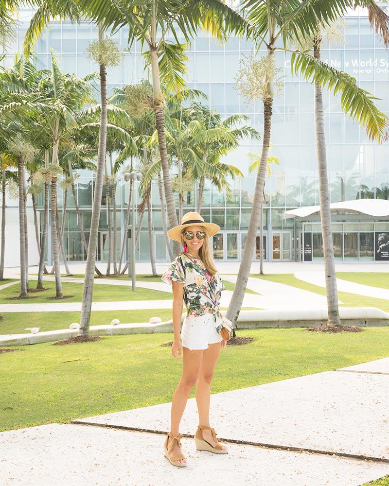 Palm print, white shorts, Miami outfit