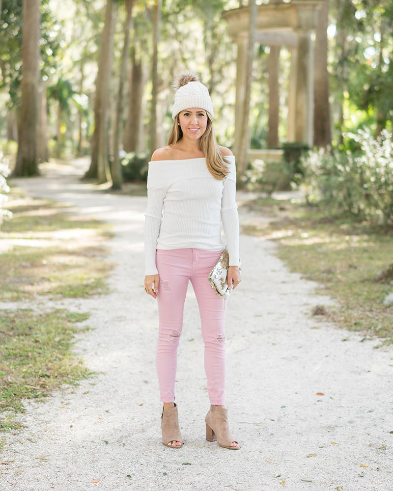 Pink jeans, off shoulder sweater, beanie