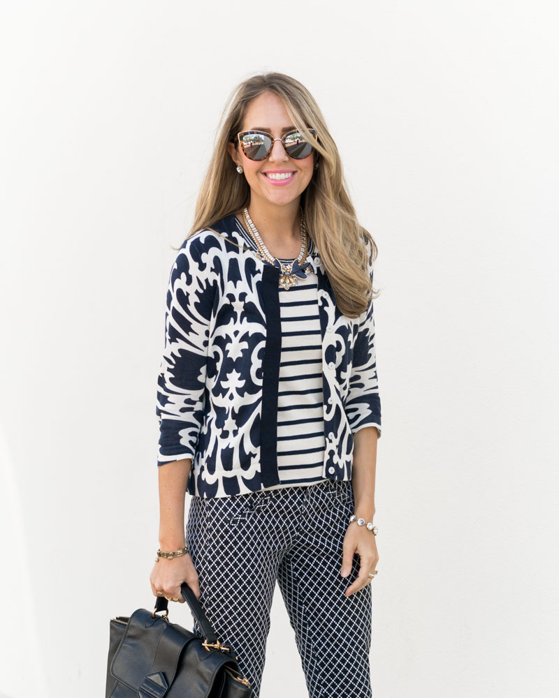 Print mixing work outfit