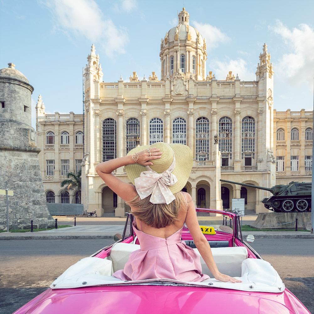 Pink convertible Havana