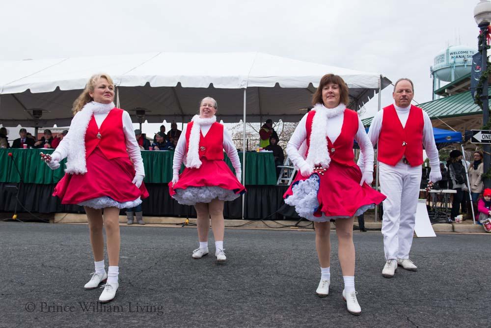 PWLiving Christmas Parade  ManChristParade_RJinks (291).jpg