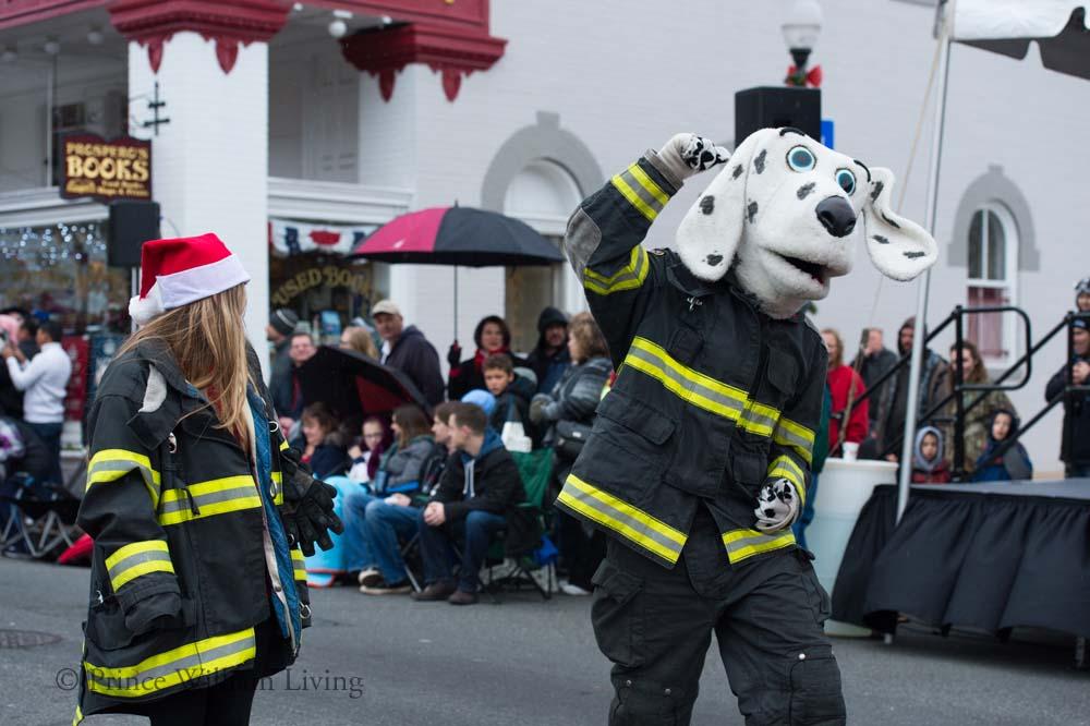 PWLiving Christmas Parade  ManChristParade_RJinks (81).jpg