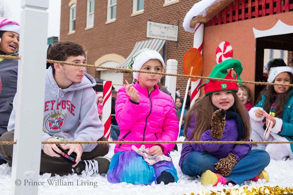 PWLiving Christmas Parade  ManChristParade_RJinks (335).jpg
