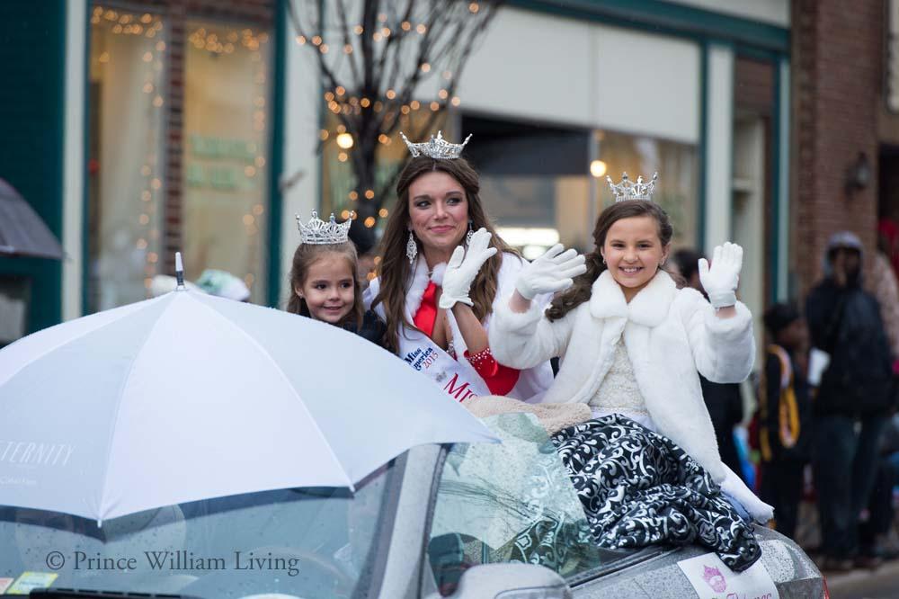 PWLiving Christmas Parade  ManChristParade_RJinks (263).jpg