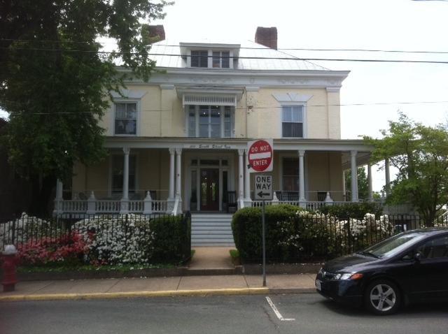 20 south street inn.JPG