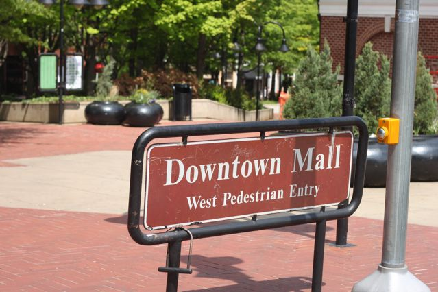 5 dt mall entrance.jpg