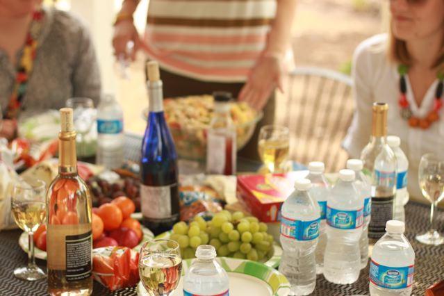 16 picnic lunch.jpg