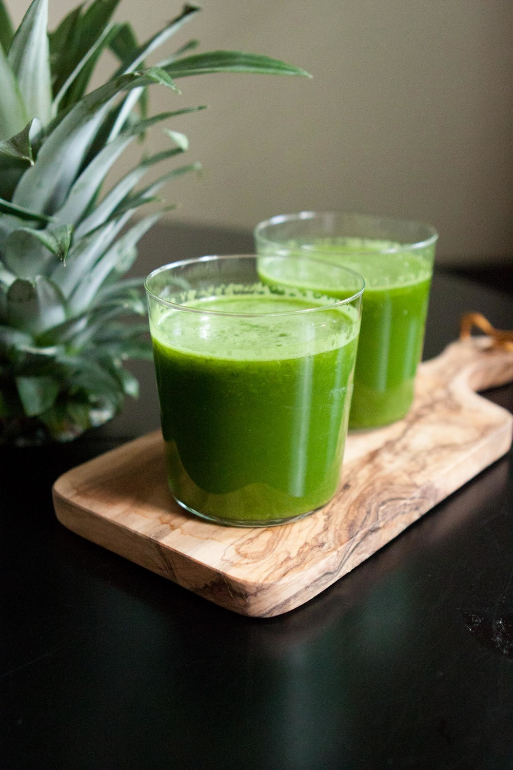 pineapple kale juice-4.jpg