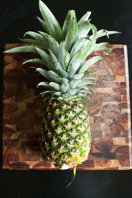 pineapple kale juice-1.jpg