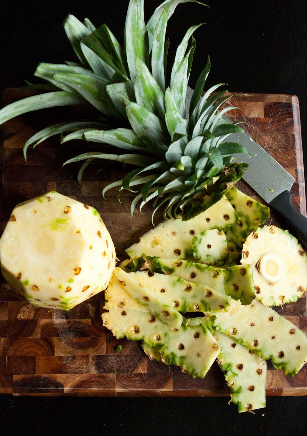 pineapple kale juice-2.jpg