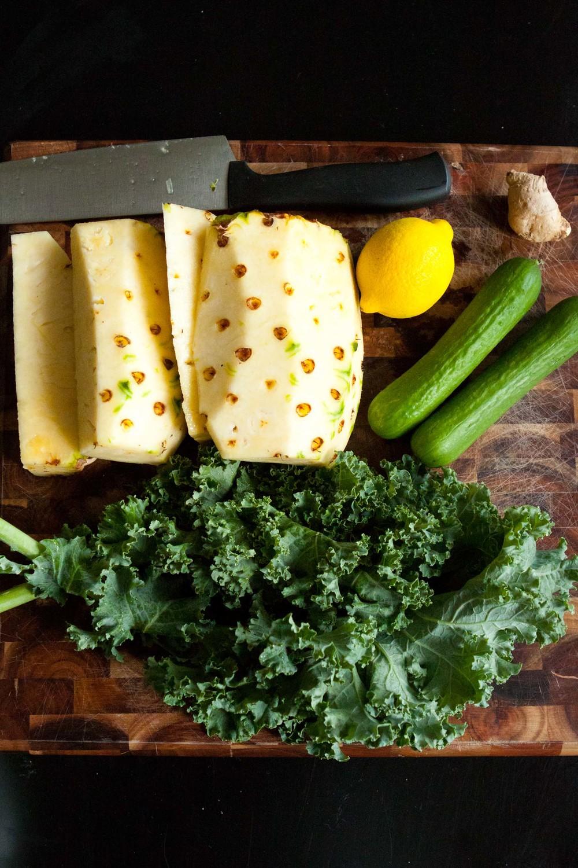 pineapple kale juice-3.jpg