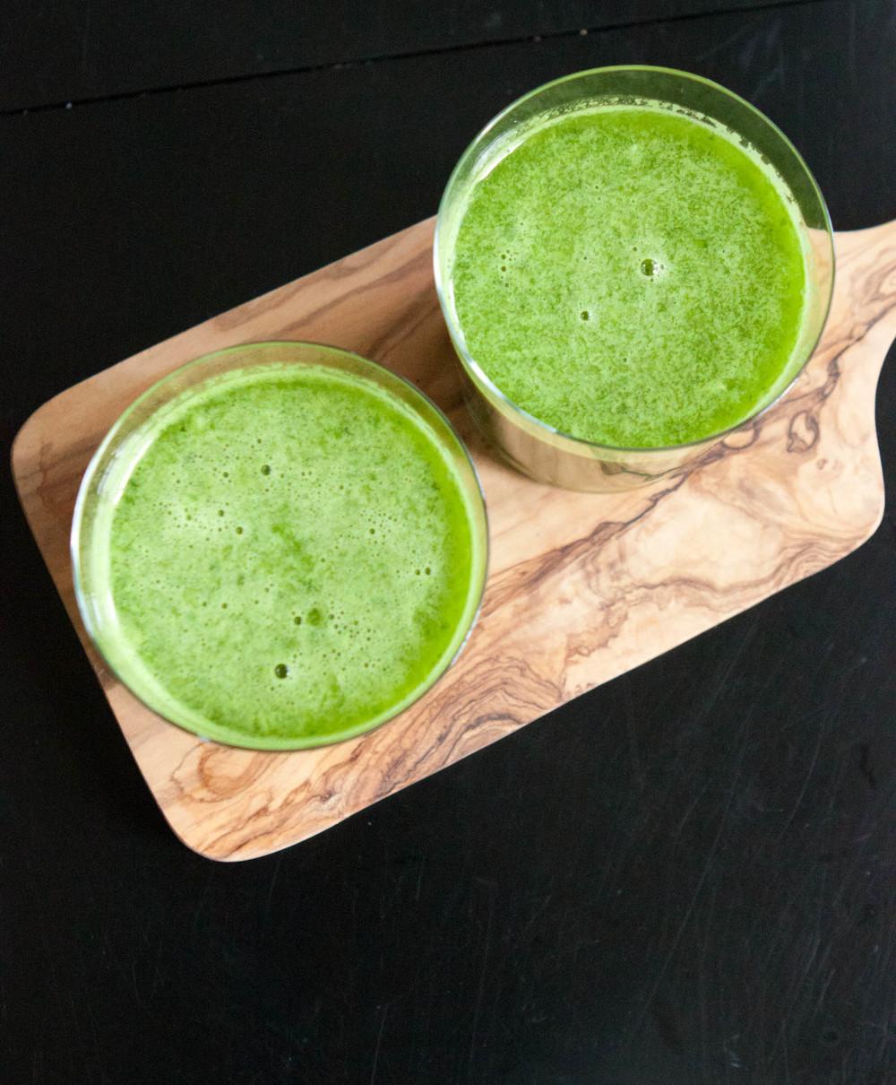 pineapple kale juice-7.jpg