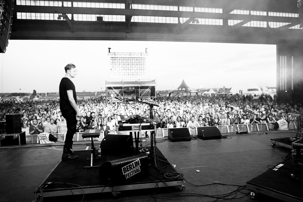 Berlin. 7th September 2013.   S O H N   performing at the Berlin Festival.