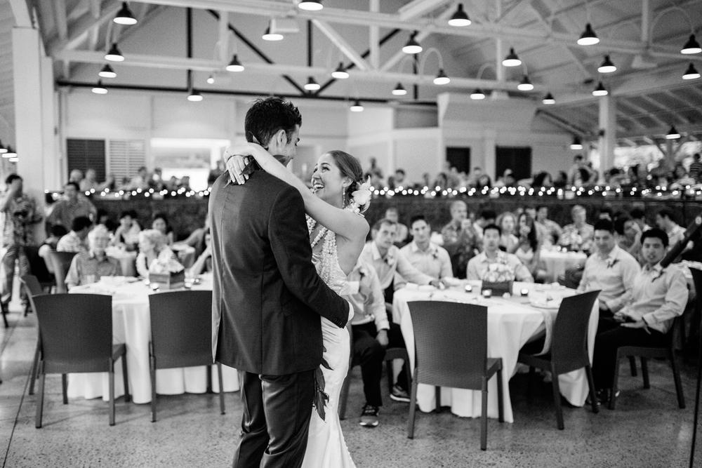 hawaii wedding photographer 3-11.jpg