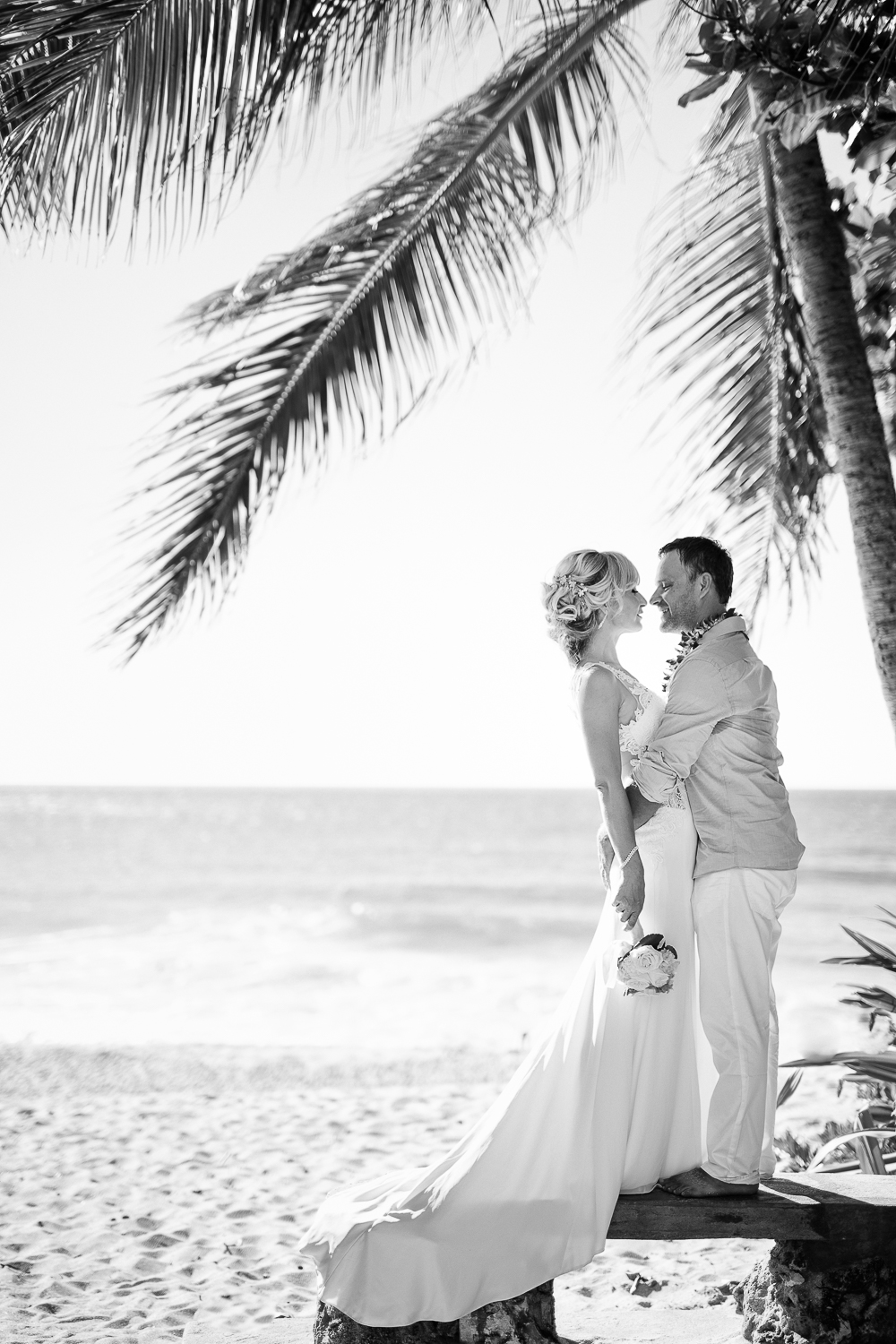 Hawaii Elopement 9.jpg