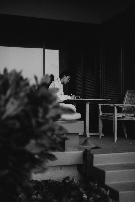 1_Bride+Groom Prep-23.jpg