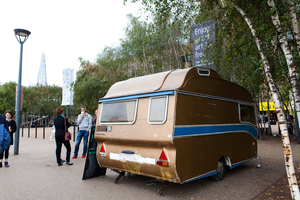 Gold Caravan 1.jpg