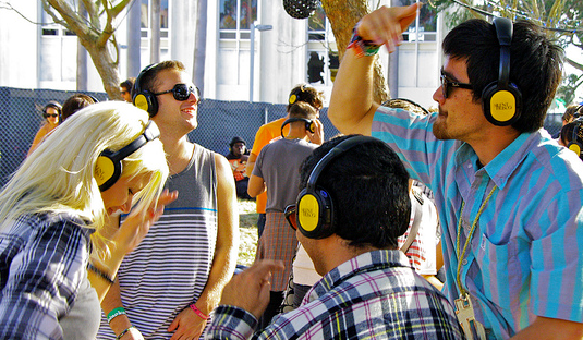 Silent Disco-Outside_2.png