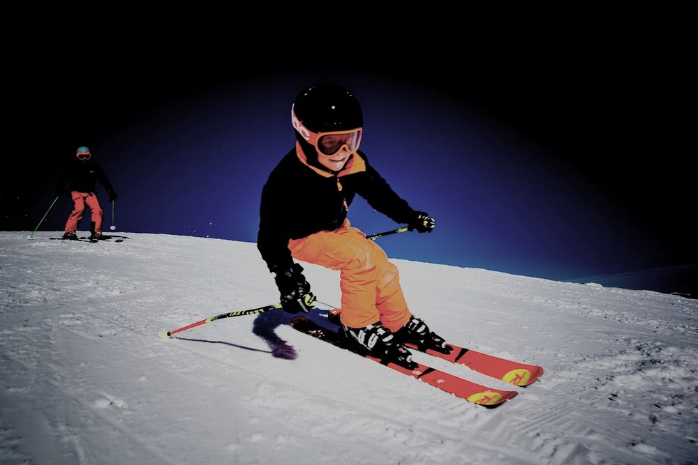 $17 SPECIAL DEAL - ONLY $17 FOR TUBING & BEGINNER SKIING ON CONVEYOR BELT. THIS WEEKEND ONLY SAT & SUN NOON TILL 5PM!!
