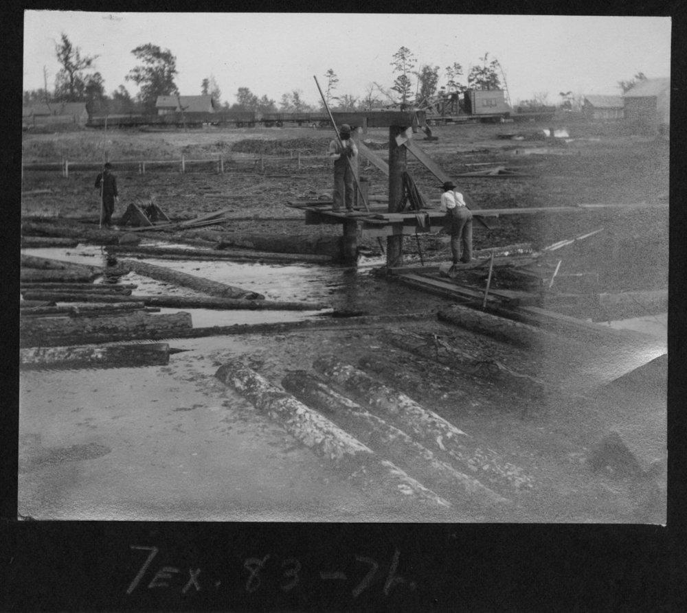 Tex83 Lumbermen on the Endless Chain
