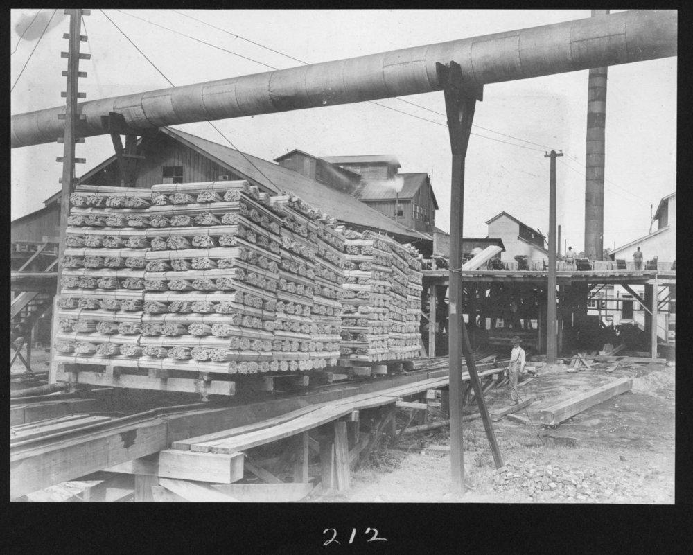 S. P. 212 Lath on Dry Kiln Trams