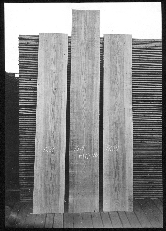 S.P. 360 Three pine boards