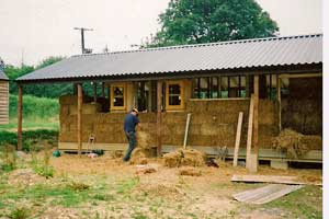 straw-in-cabins-2004.jpg
