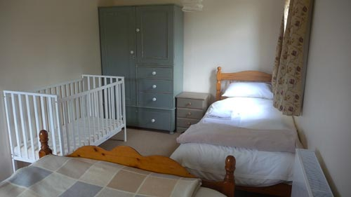 Triple-Bedroom-1-500.jpg