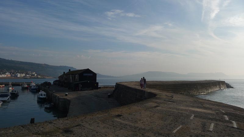 Lyme-Regis-the-Cobb.jpg