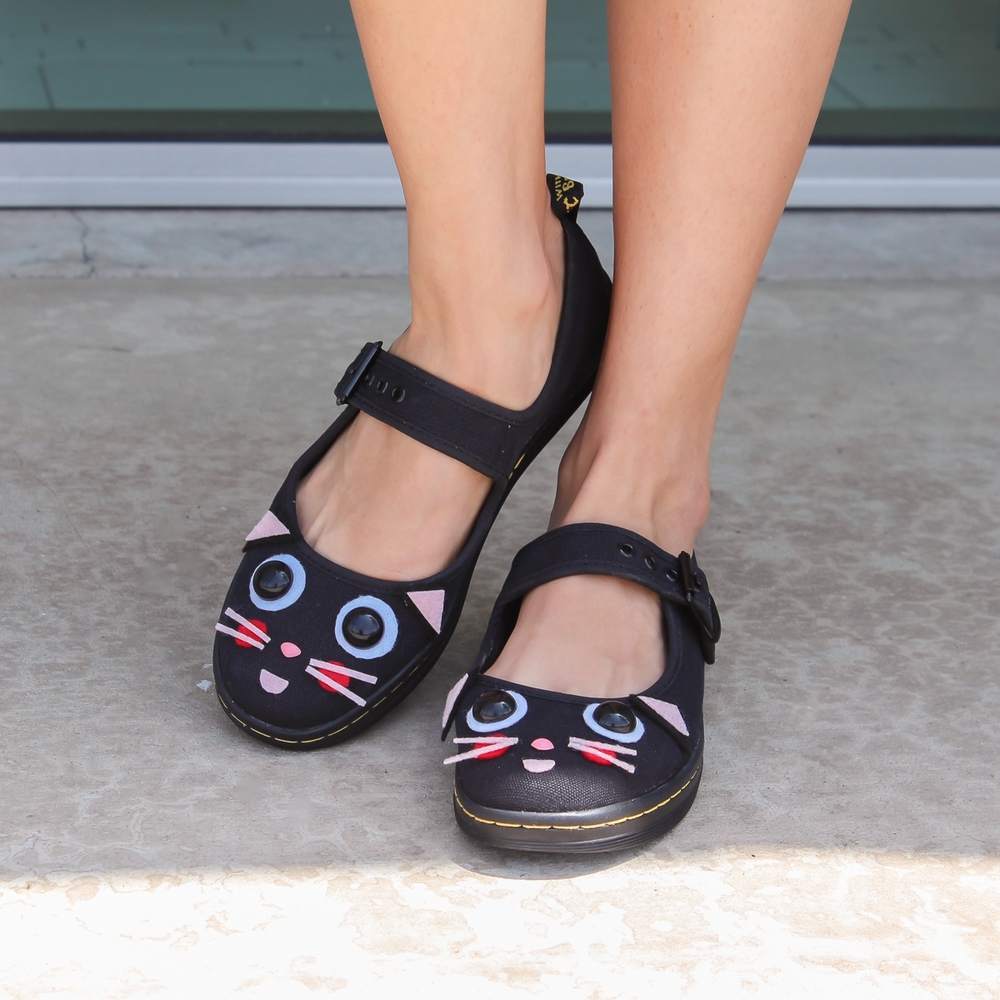 DIY Cat Mary Jane Shoes