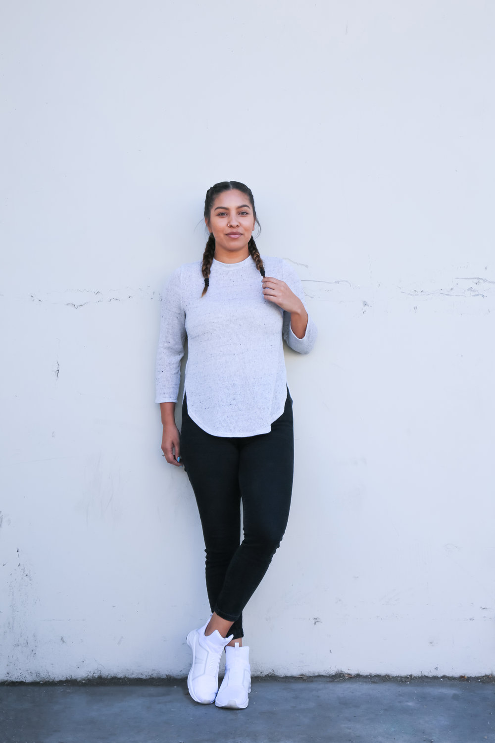 How to wear t shirt and leggings