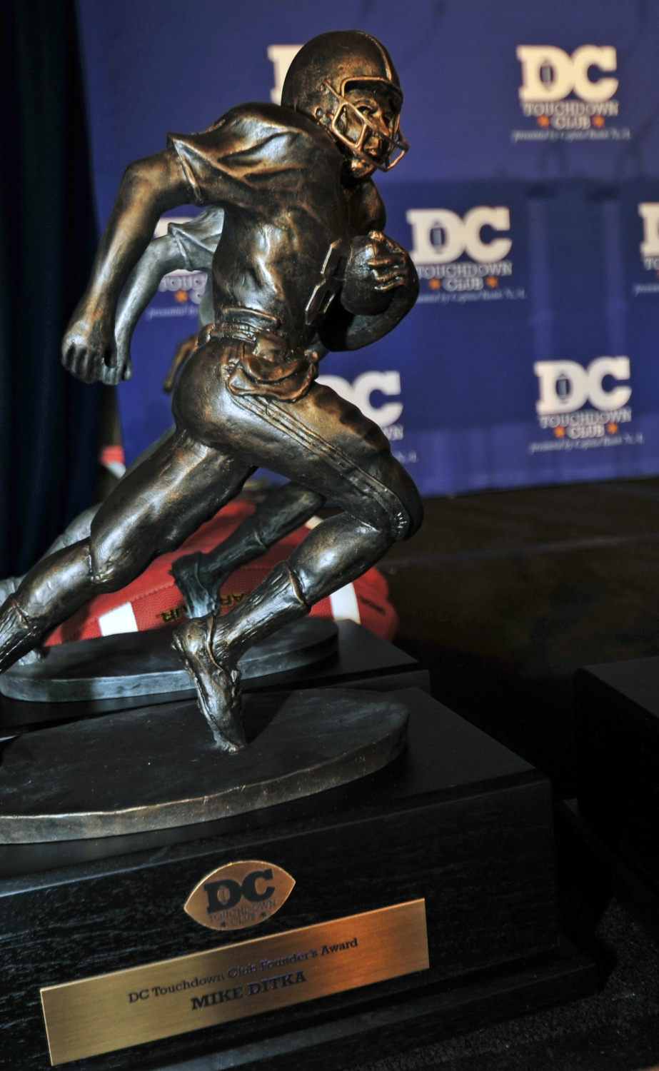 2015dctouchdownclubawards002.jpg