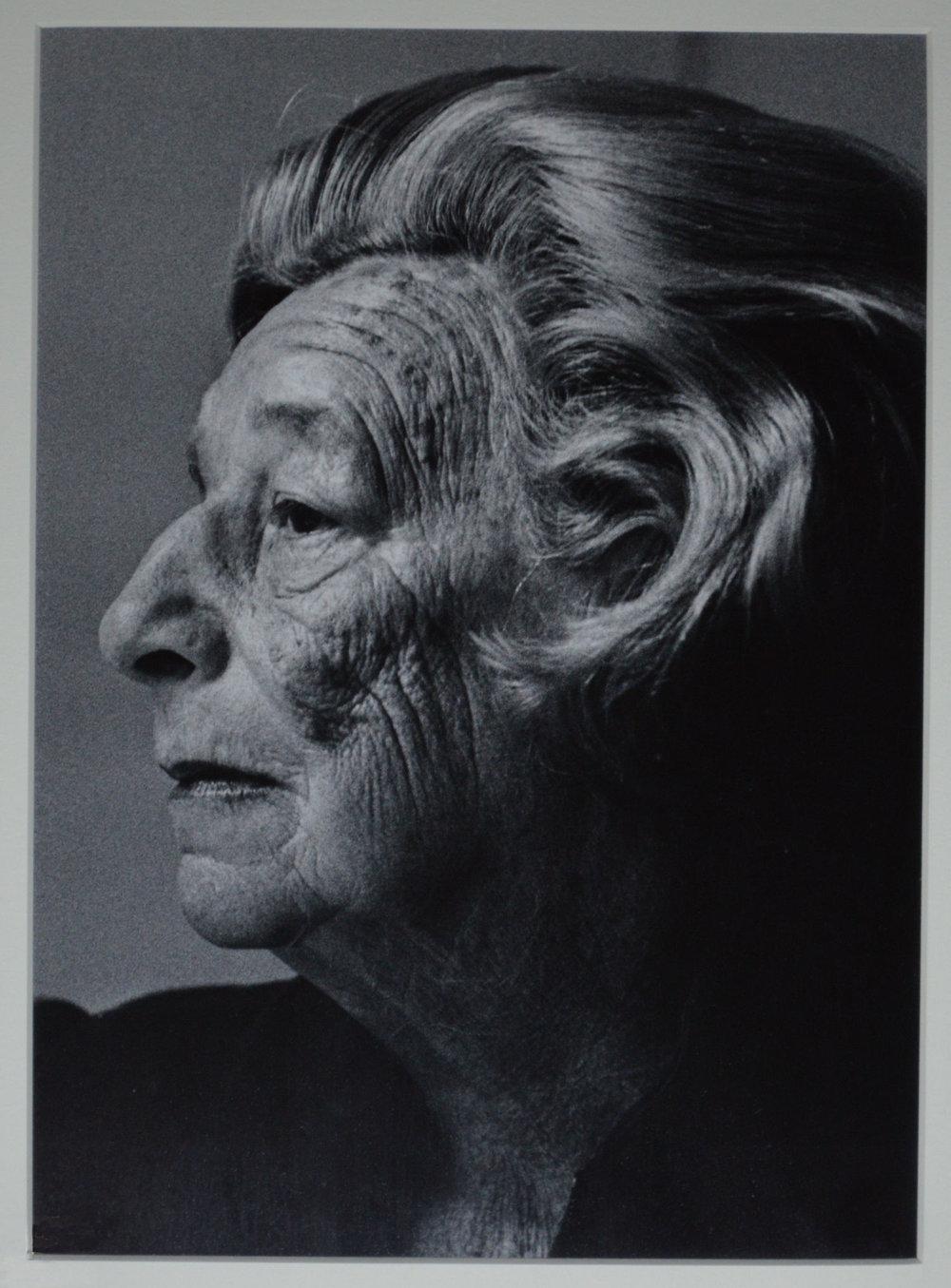 Gottfryd - Lillian Hellman, 1984.jpg